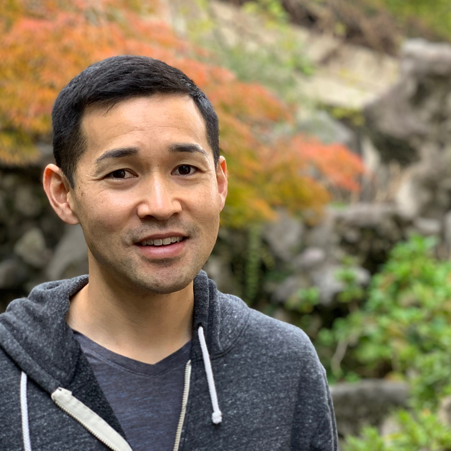 Photograph of Bradley Menda.